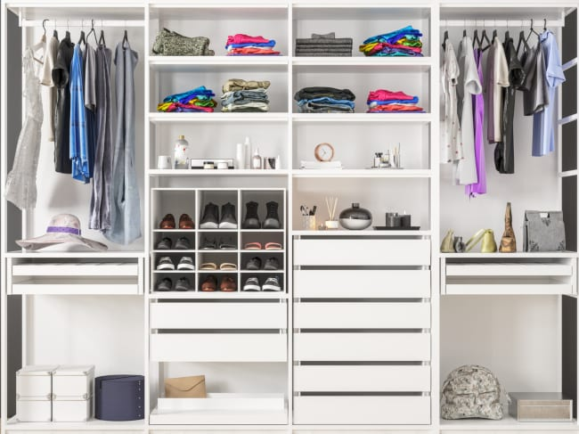 Using Closet Systems to Maximize Storage Space