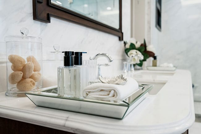 Professional Bathroom Accessories to Please